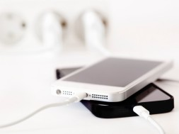phone-battery-last-twice-as-long-lithium-ion-cell-0