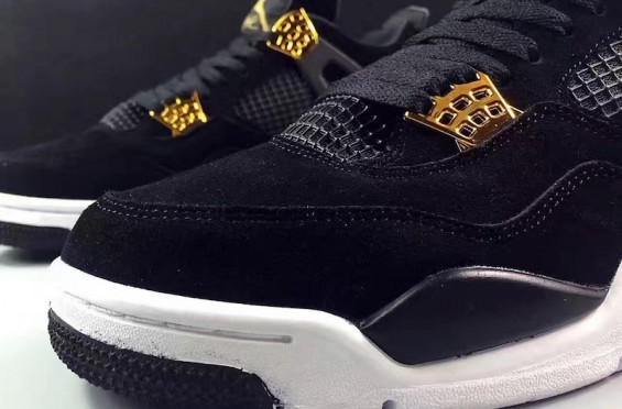 jordan-4-royalty-toe