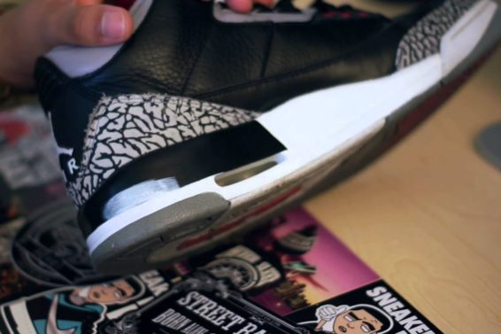 How To Touch Up Midsole Paint Tutorial! (Re-Upload)