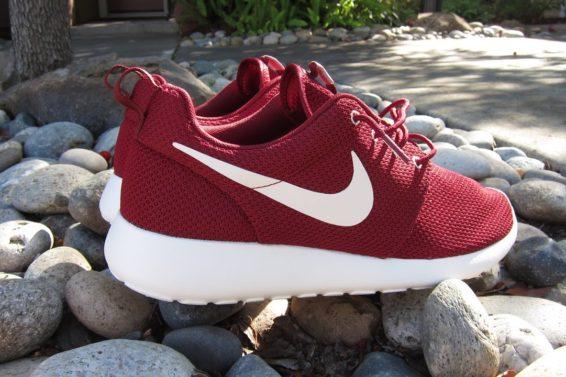 Nike Team Red Roshe Run Review + On Feet!